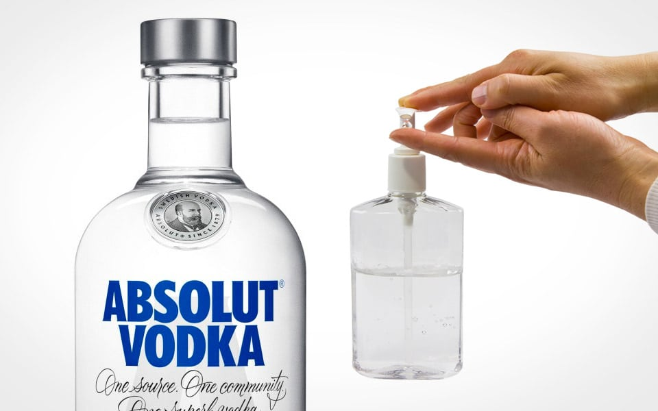 Absolut Vodka vil levere sprit til at lave håndsprit